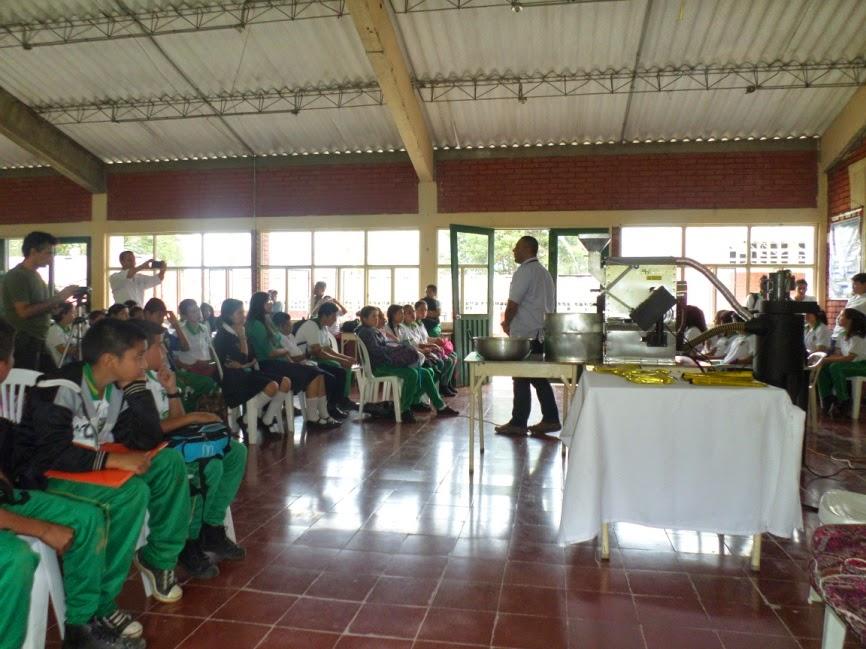 Tostadora de Café Entregada a la Institución Educativa La Selva
