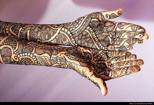 Mehndi Traditional Designs : Sayumi traditional mehndi designs