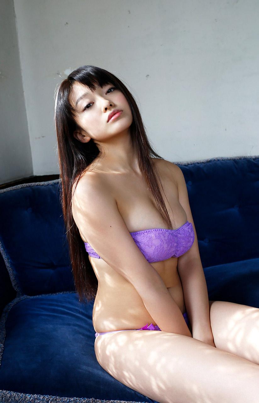 mari yamachi sexy bikini pics 03