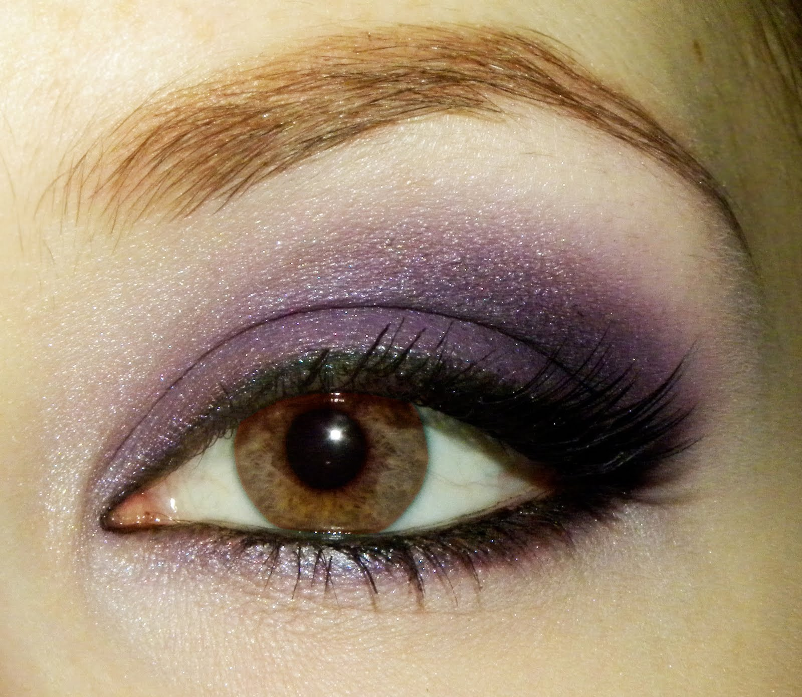 Natural Beauty Health Tips: Makeup for Brown Eyes