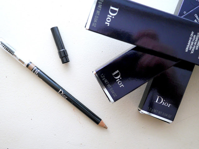 dior powder eyebrow pencil revew swatch 093 black 433 ash brown 453 soft brown 593 brown 653 blond 693 dark brown