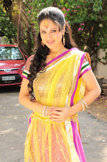 Pooja Bose Spicy Latest Images
