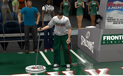 NBA 2K13 Milwaukee Bucks Sideline Characters Mod