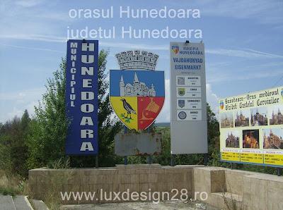 intrarea in orasul Hateg din directia oraselor Deva sau Simeria
