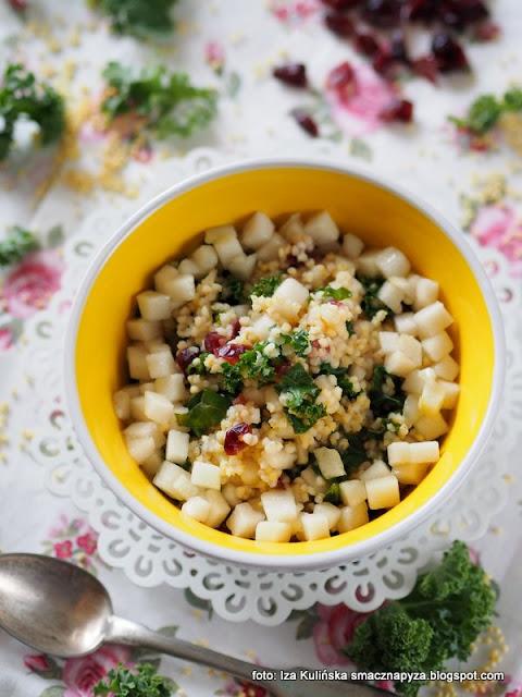 jaglanka , jagły , śniadanie mistrzów , samo zdrowie , z owocami , z gruszką , gruszka , z żurawiną , żurawina suszona , jarmuż , witaminy , mikroelemanty , dobry początek dnia , najlepsze przepisy , najsmaczniejsze dania , domowe jedzenie