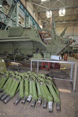 Фото Укринформ:цех завода Малышева