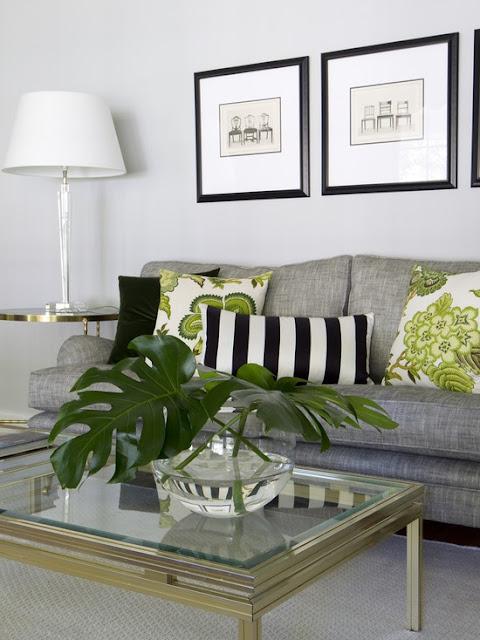 13 ideias para combinar almofadas na sala jeito de casa - Engaging image of grey and green bedroom design and decoration ideas ...