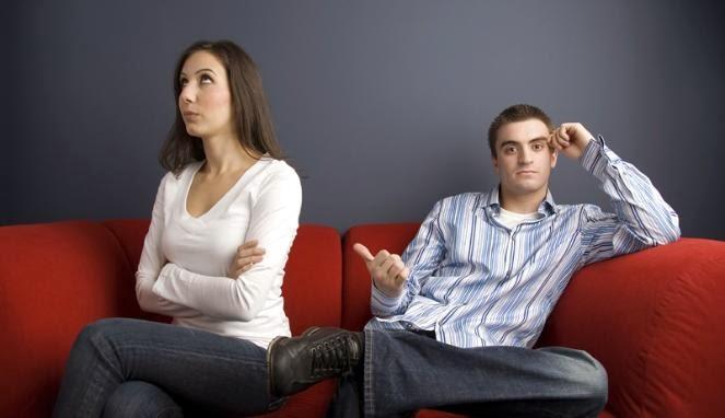 cara mengatasi perbedaan dengan pacar