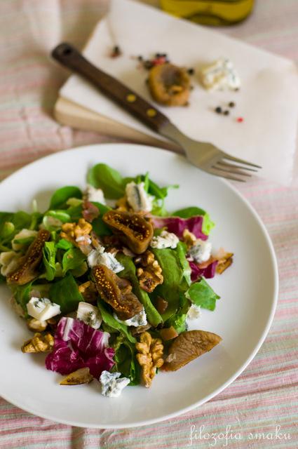 Sałatka z gorgonzolą, boczkiem i figami