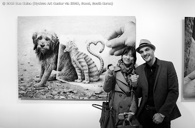 Ben Heine and Jihyun Lee, friends from Santiago de Compostela - Pencil Vs Camera Exhibition