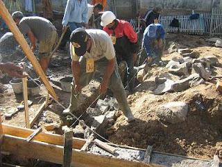 INFO HARGA BAHAN BANGUNAN: Biaya Upah Tukang Bangunan terbaru