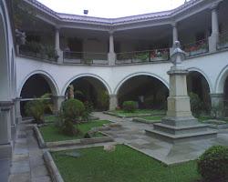 """VISITA AL MUSEO ARQUEOLÓGICO DE MÉRIDA """"GONZALO RINCÓN GUTIERREZ"""". Secciones I y II 03/05/2011"""