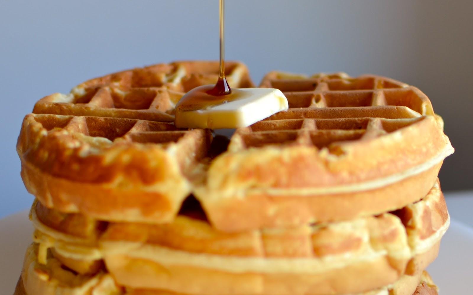 Yammie's Noshery: Copycat Hotel Waffles