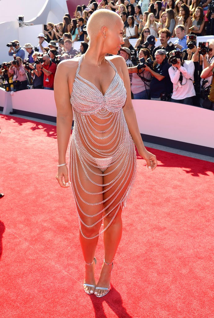 Amber Rose Wardrobe Malfunction 24th August 2014 ...
