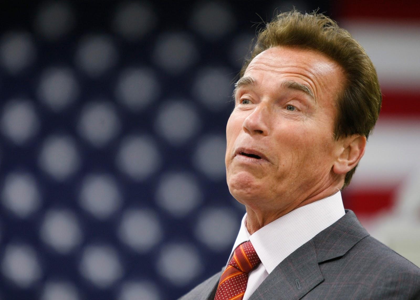 http://4.bp.blogspot.com/-101f8xHRbeE/TyGaVaFQqFI/AAAAAAAAIuU/6KUpiQHKAcA/s1600/Arnold+Schwarzenegger+20.jpg