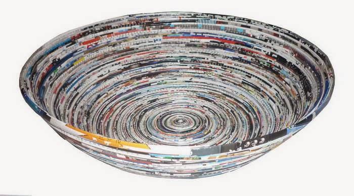piring dari daur ulang kertas koran bekas