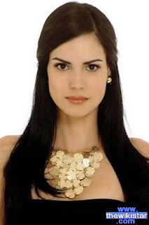 الممثلة الفنزويلية سكارليت أورتيز Scarlet Ortiz (ماريا كلارا María Clara)