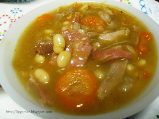 Ham and bean soup using a ham hock
