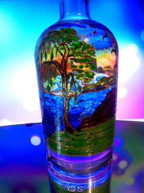 роспись на бутылке