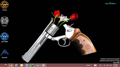 2013 Guns N Roses Windows 7 Theme