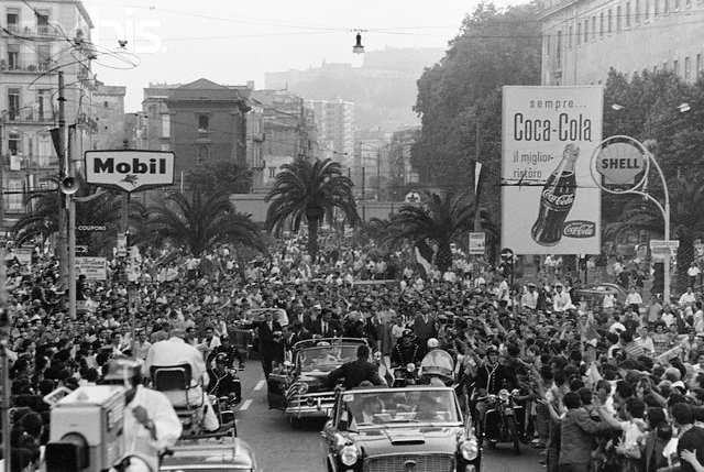 JULY 1963, ITALY-GREAT SECURITY