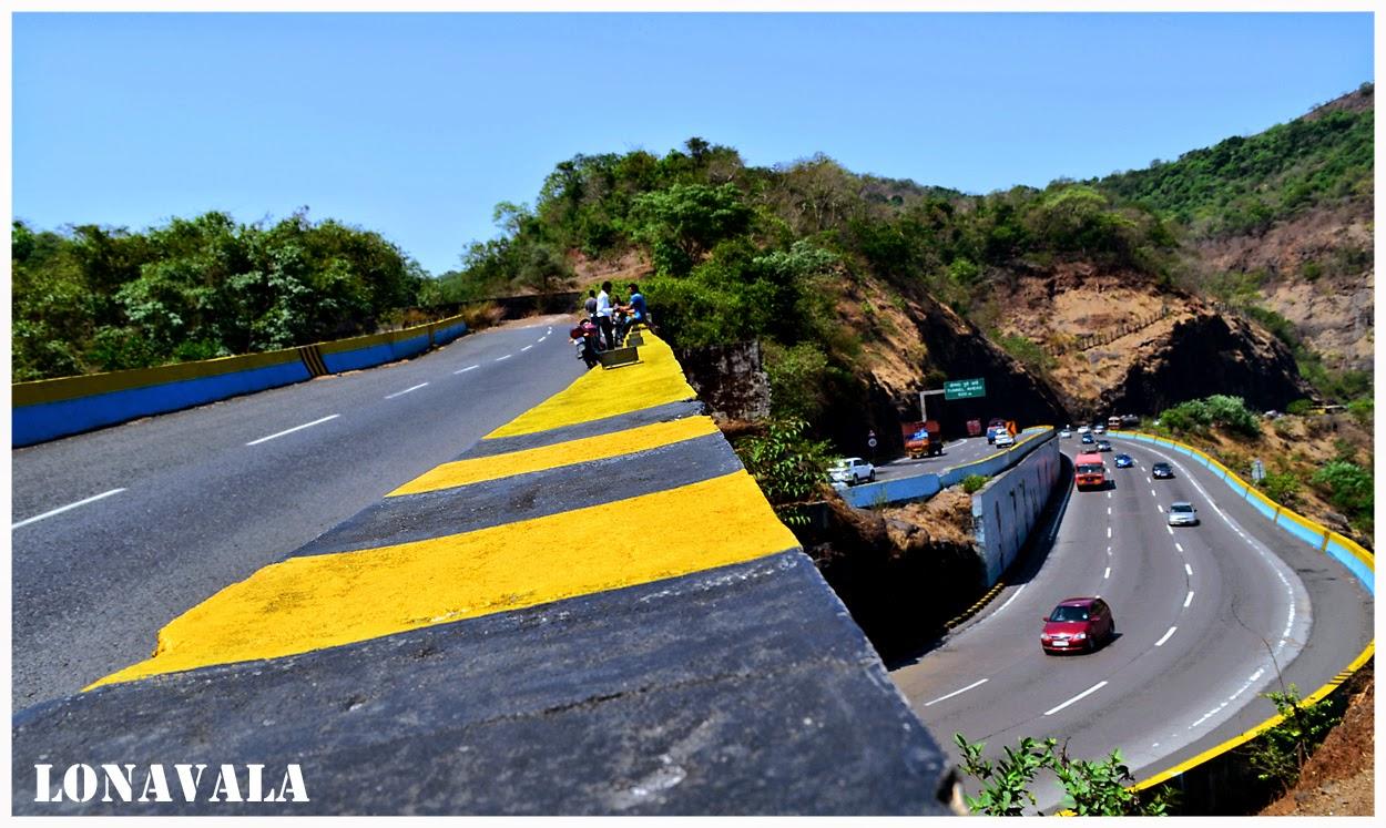 mumbai-pune-expressway-photo