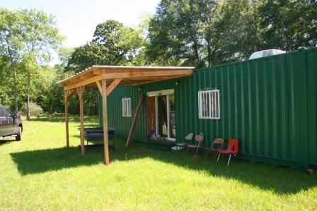 Shipping container homes strong inexpensive efficient for Cheap efficient homes