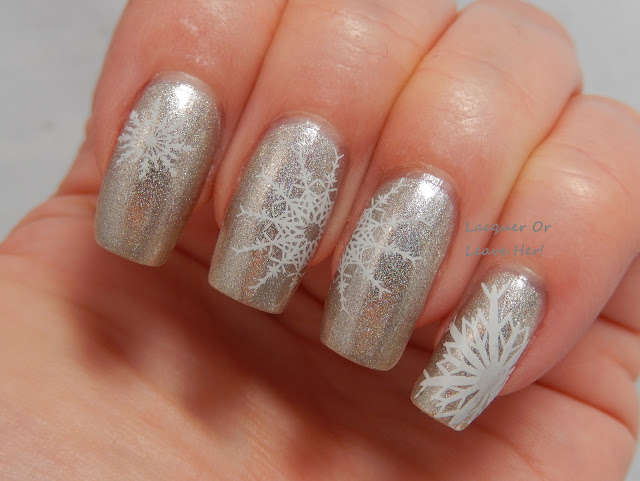 Christmas nail stamping plate uberchic beauty winter snow snowflakes