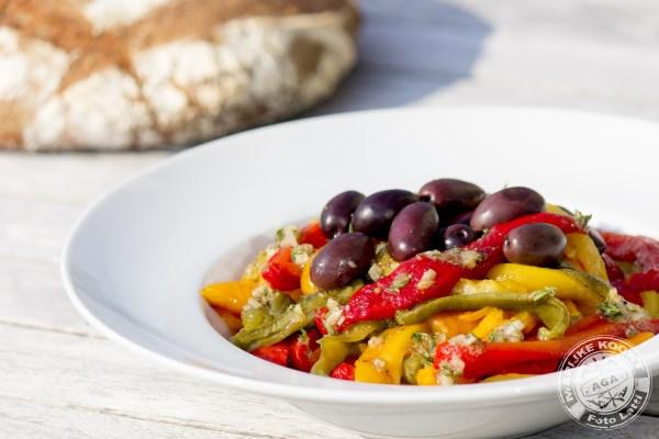 Salade van geroosterde paprika's
