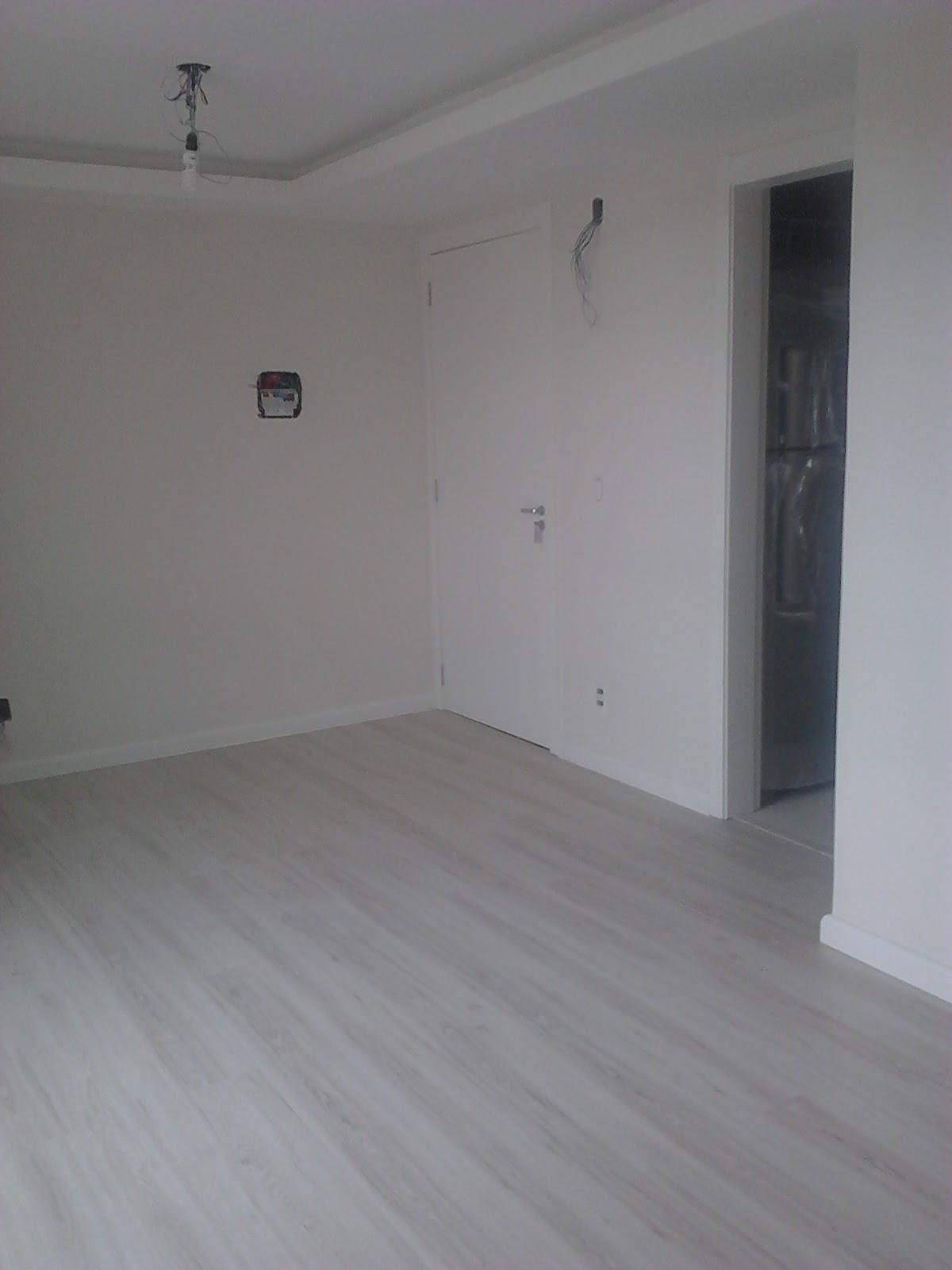 Extremamente Casei, quero casa: Piso laminado HO97
