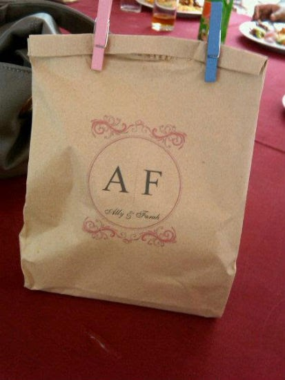 A journey to 2012 idea brown paper bag for door gift for Idea door gift kahwin bajet