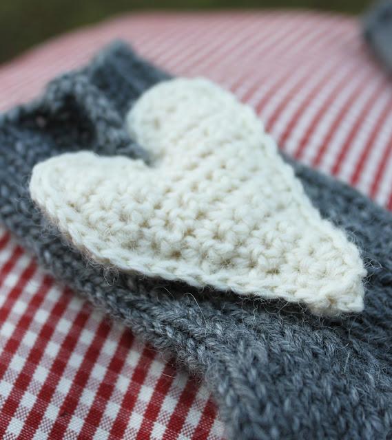villasukat ystävälle, virkattu sydän ohje