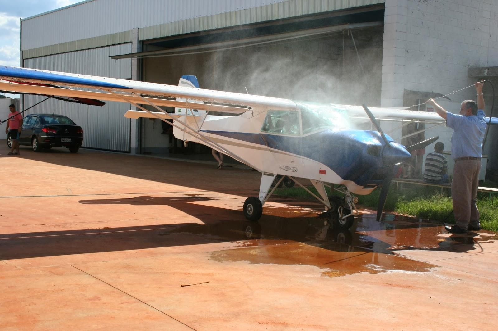 Primeiro banho do avião | Montando um Ultraleve Águia