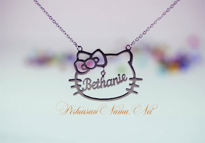kalung nama hello kitty