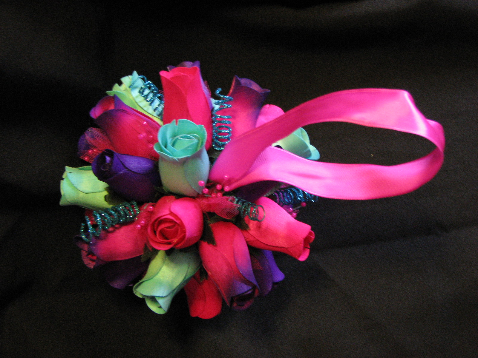 Wooden Roses From Camelot Wedding Roses Feathers