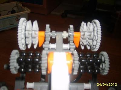 El robot de ataque (Modulo trituradora) Robot+de+ataque+%2528Modulo+trituradora%2529+002