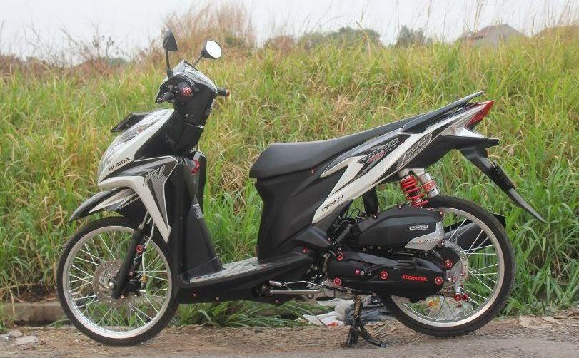 Foto Modifikasi Honda Vario 125 Velg 17