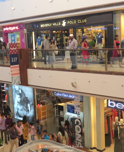 Shop Finest in fashion at Select CITYWALK, Select CITYWALK shopping guide, Best brands to shop at Select citywalk, best shopping places in Delhi, Luxury shopping in delhi, Lifestyle in delhi, Best shopping malls in delhi, Select citywalk review, Indianfashion blogger, Indian makeup and beauty blog, Delhi shopping, Indian beauty blogger