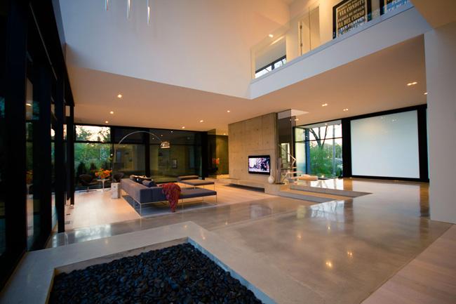 Casa minimalista en ontario minimalistas 2015 for Casa minimalista living