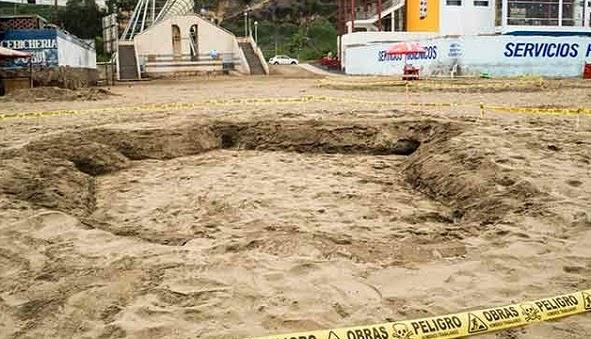 huellas de dinosaurio en la playa de lima peru