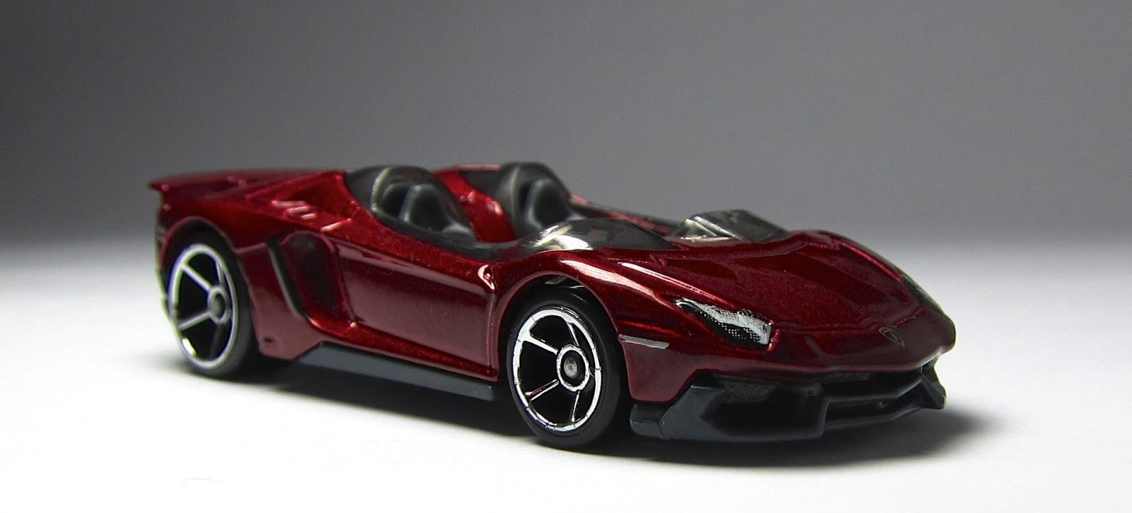 Lamborghini aventador j hot wheels