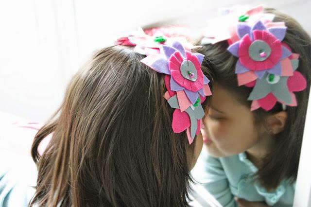 Taller de Creactividad: Diy diadema de flores de fieltro7