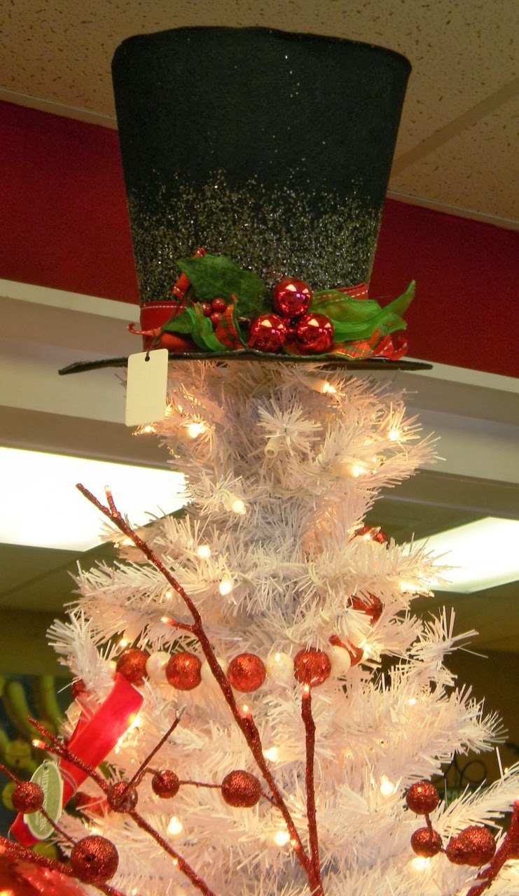 This One Can Be Purchased At  Http://www.hollytreechristmasshop.com/products/7%22 Top Hat Tree Topper.html