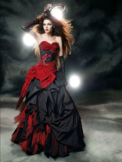 Picture Credit To Devilnightcouk Wedding 134 Red And Black Gothic Dress
