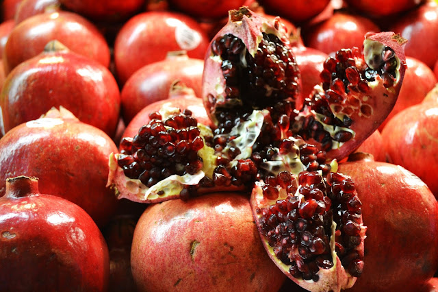 Fleur d'Elise, Seattle, Pike Place Market, pomegranate, food photography