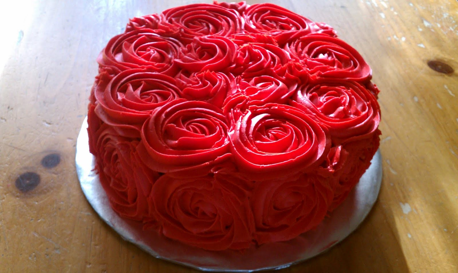 Rose Day Cake Images : Introducing....: Rose cakes and cupcake bouquets for ...