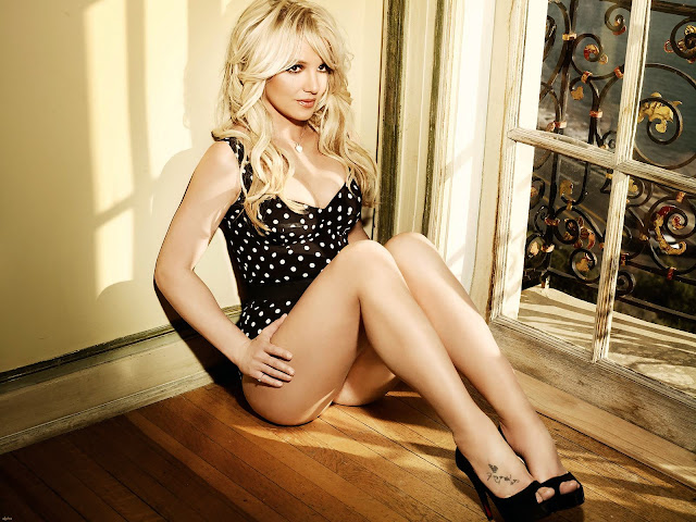 Britney Spears Latest 2011 Hot HD Wallpapers