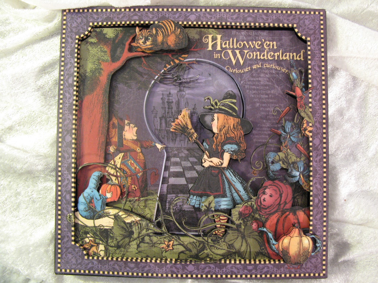 Annes Papercreations Halloween In Wonderland 3d Frame 2 Page Mini