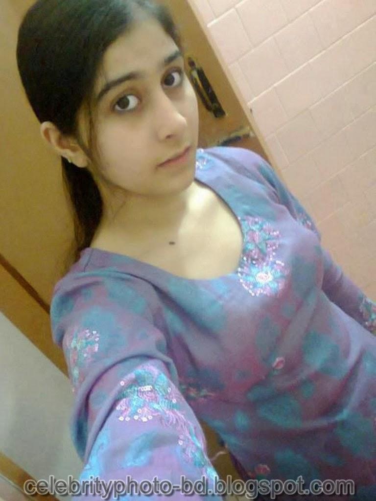 Desi girl salwar kameez