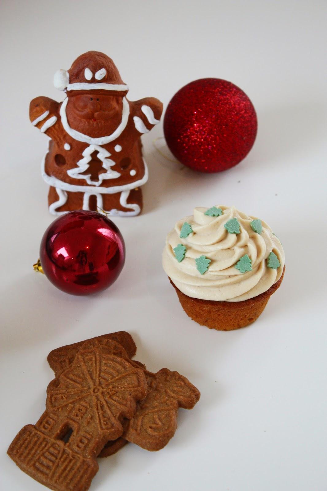 Spekulatius Cupcakes mit Biscoff Topping